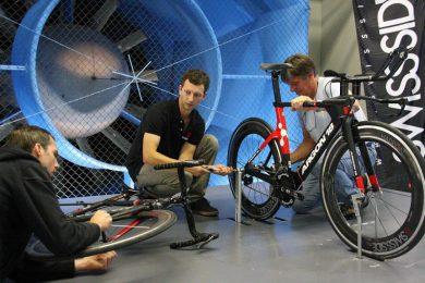 Biciclette Aero: il peso delle ruote non ha importanza e la galleria del vento lo dimostra