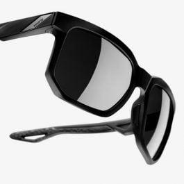 100% Centric occhiali da sole sportivi Matte Black Smoke Lens